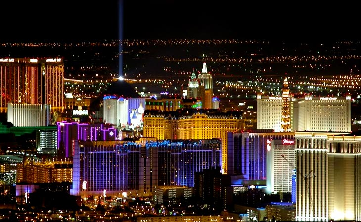 Лучшие отели Лас-Вегаса. Лучшие цены от туроператора Cosmopolitan Travel.