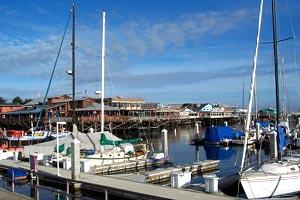 Город Монтерей (Monterey), штат Калифорния; набережная